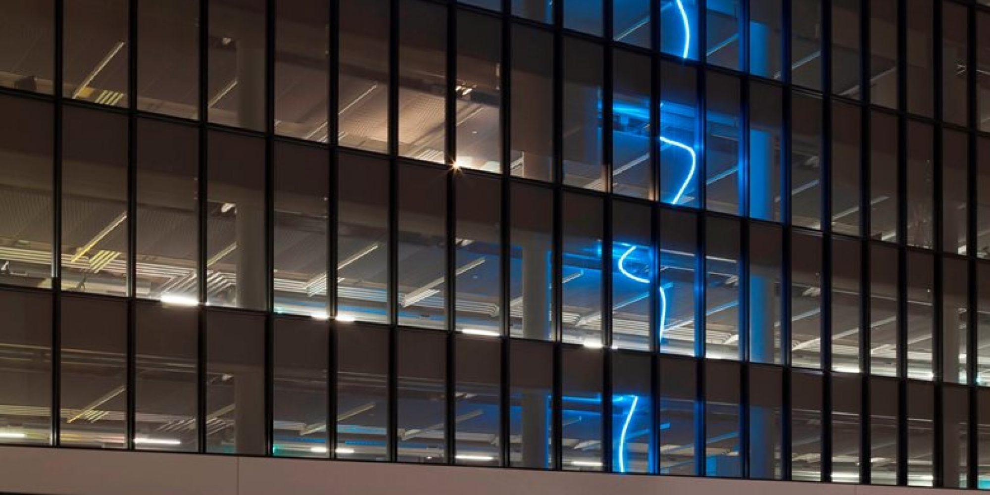 1_Pollice-Illuminazione-Luce-per-lArte_photo-by-Paolo-Riolzi